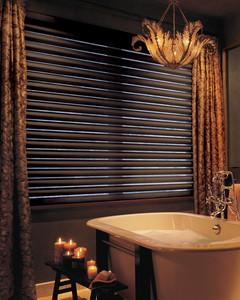 pirouette_powerrisetwoone_bathroom.jpg