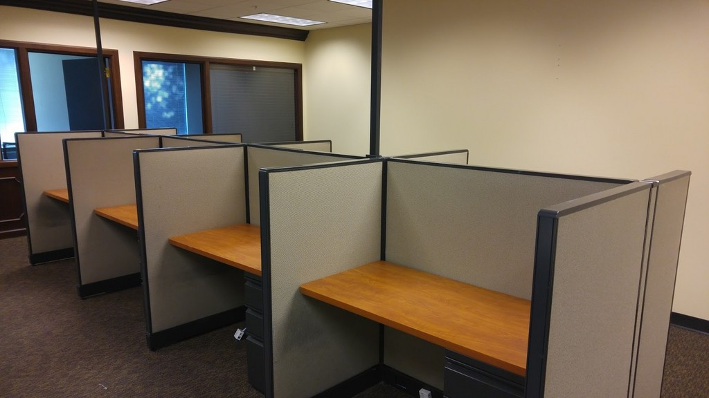 48widex30deepx51highHaworthCallCenterCubicles4-Copy.jpg