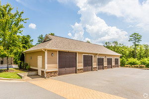 chenal-pointe-at-the-divide-little-rock-ar-building-photo(15).jpg
