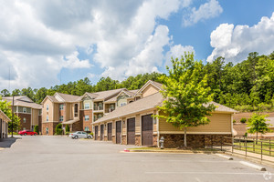 chenal-pointe-at-the-divide-little-rock-ar-building-photo(16).jpg