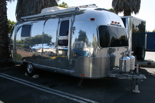 1974 Classic Globetrotter Land Yacht For Sale
