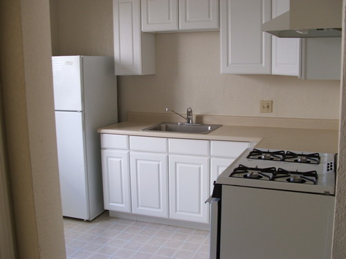 Oakland Blvd - Affordable 2 Bedroom in Great Location Downtown Walnut Creek!
