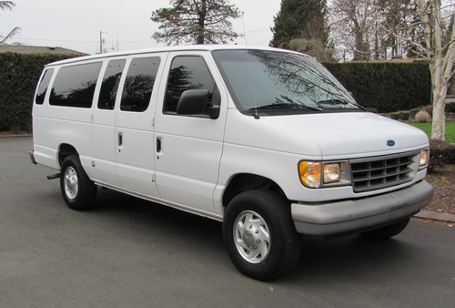 1996 Ford Econoline 15 Passenger Van One Owner All Records 104k Miles!
