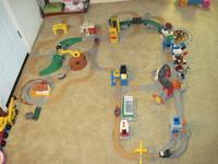 5 Train Geo Trax Set