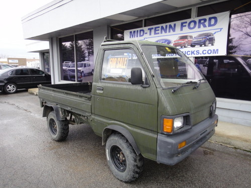 used daihatsu mini truck for sale 1319 foster ave nashville tn 37210 us used cars for sale. Black Bedroom Furniture Sets. Home Design Ideas