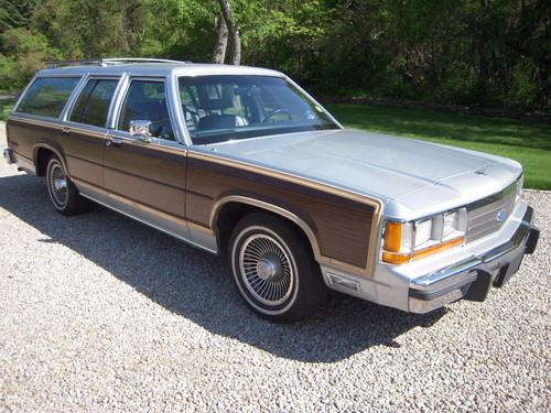 1990 ford ltd crown victoria country squire woodie 87. Black Bedroom Furniture Sets. Home Design Ideas