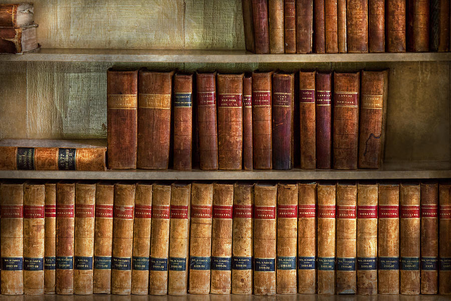 lawyer-books-law-books-mike-savad.jpg