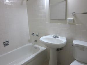 Bathroompicture.jpg