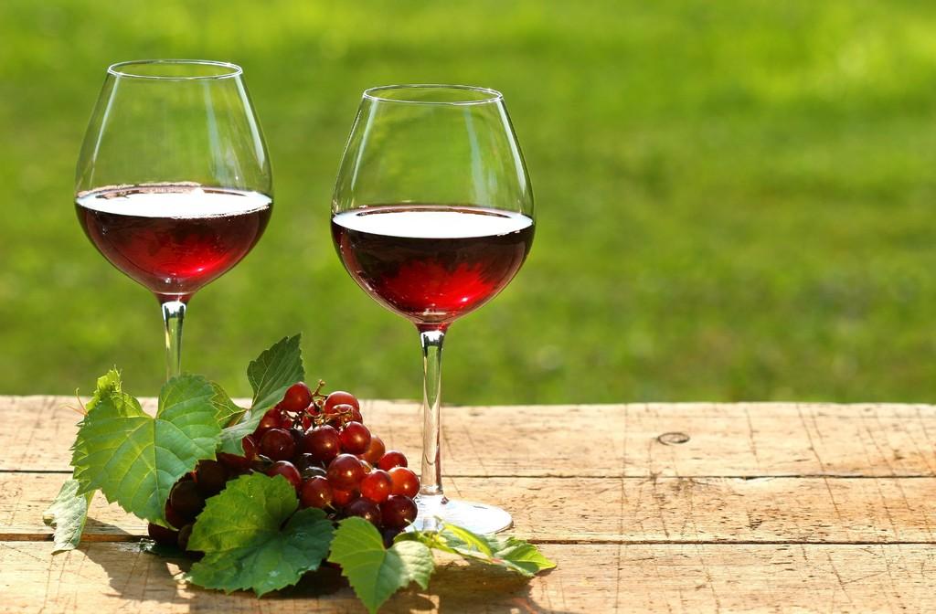 WineGlasses(X).jpg