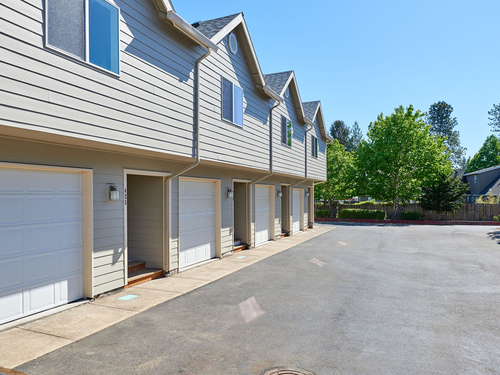 this 2020-new townhouse style condo ... condos for sale - oregon city, or at geebo