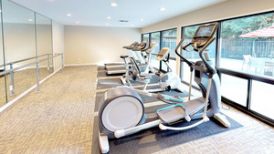 olive-garden-apartments-sunnyvale-ca-fitness-center.jpg